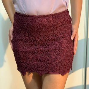 Lacy Pencil Skirt fron H&M
